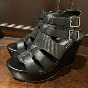 Gianni Bini Shoes - black wedges